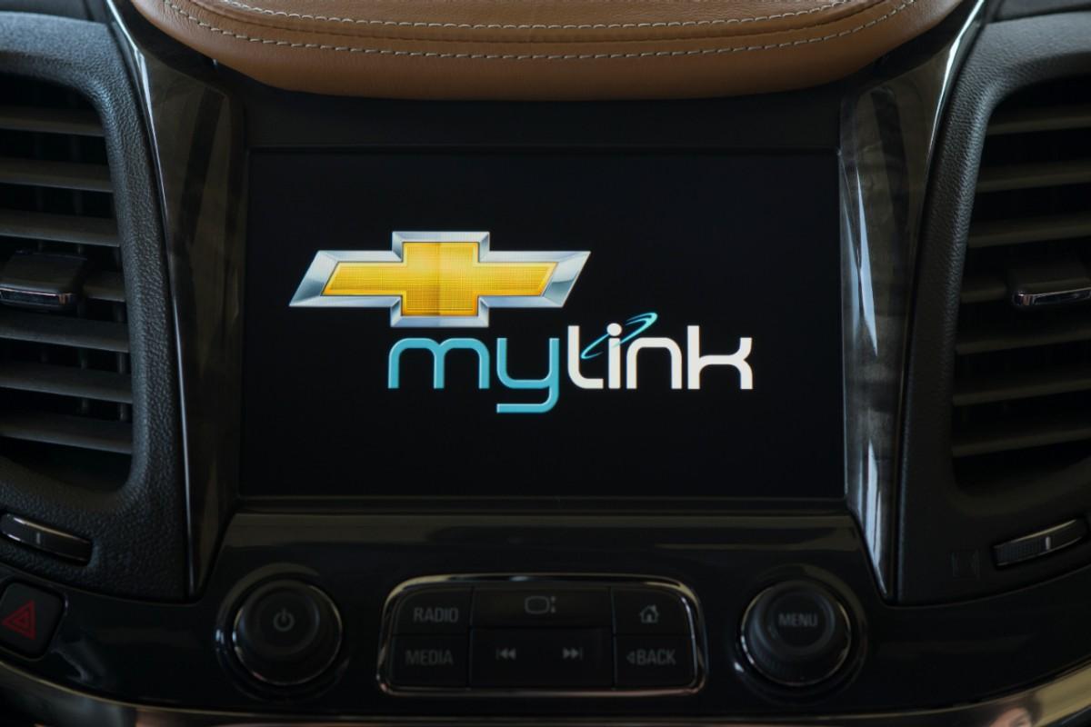Next-Gen MyLink System Debuts in 2014 Chevrolet Impala ...