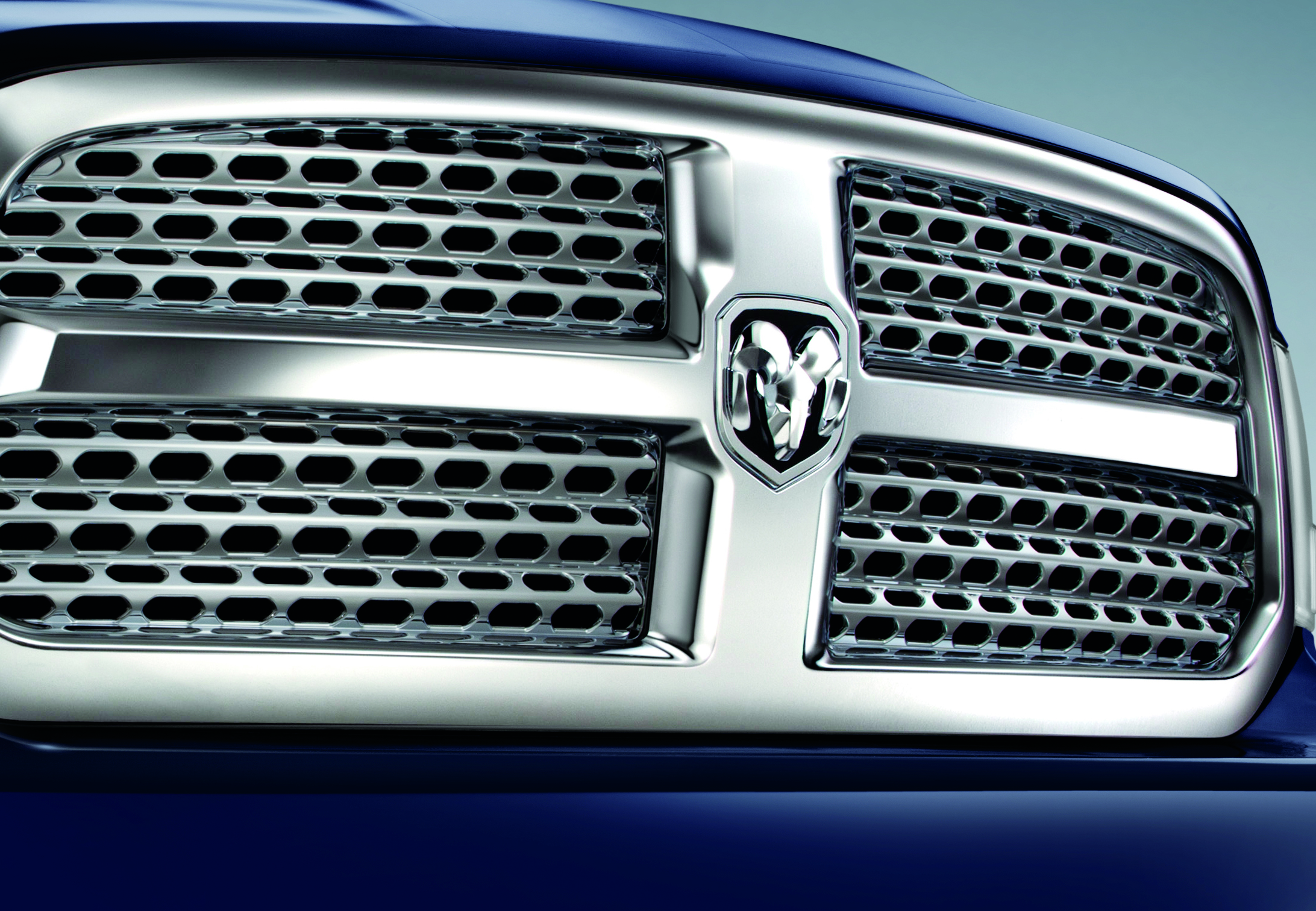 Mopar accessories for all-new Ram 1500 Chrome Horizontal Grille Dodge Ram