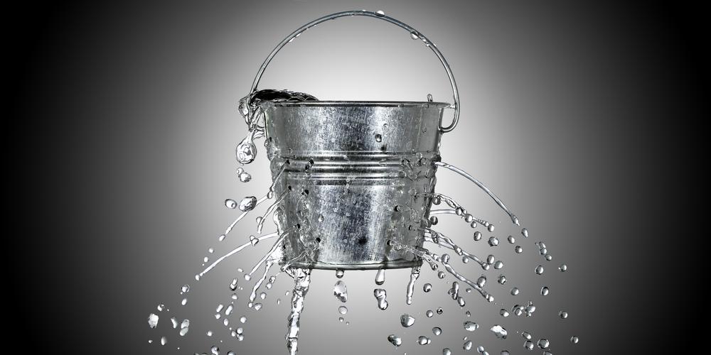 img-leakybucket-main